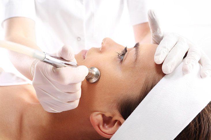 Alunite (nevi) si alte leziuni pigmentare - Clinica Medicum