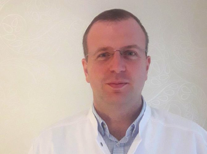 Pop Lucian Gheorghe, Medic specialist Obstetrica - Ginecologie / Competenta Colposcopie / Ultrasonografie obstetricala si ginecologica